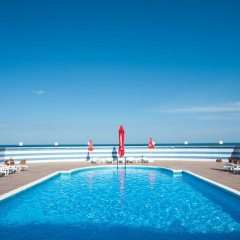Hotel Lilia бассейн фото 2