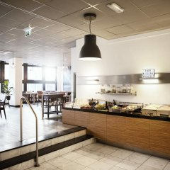 Отель Apollo Hotel Utrecht City Centre Нидерланды, Утрехт - 4 отзыва об отеле, цены и фото номеров - забронировать отель Apollo Hotel Utrecht City Centre онлайн питание фото 2