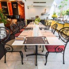 Tai-Pan Hotel питание фото 2