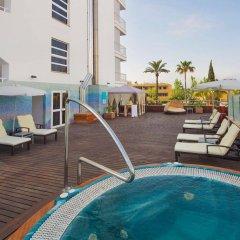 Отель JS Sol de Alcudia бассейн