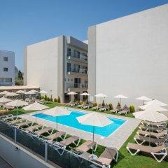 City Green Hotel бассейн