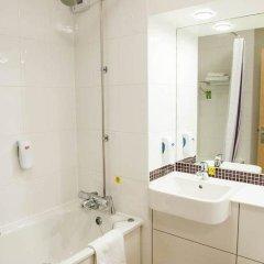 Отель Premier Inn Glasgow (Cambuslang/M74, J2A) Великобритания, Глазго - отзывы, цены и фото номеров - забронировать отель Premier Inn Glasgow (Cambuslang/M74, J2A) онлайн ванная