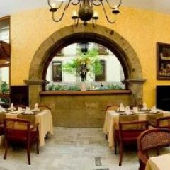 Отель De Mendoza Гвадалахара гостиничный бар