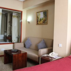 Гостиница Grand Aiser комната для гостей фото 3