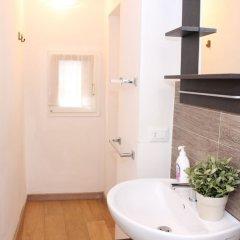 Отель Art Apartment Santa Maria Novella Италия, Флоренция - отзывы, цены и фото номеров - забронировать отель Art Apartment Santa Maria Novella онлайн ванная