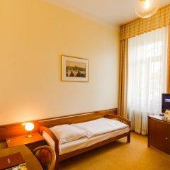 Отель Penzion Villa Hofman Чехия, Карловы Вары - отзывы, цены и фото номеров - забронировать отель Penzion Villa Hofman онлайн комната для гостей фото 3