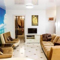 Апартаменты Apartment on Tsvetnoy Bulvar 44 Green Area 8 Сочи комната для гостей