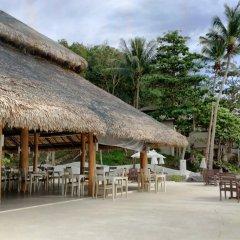 Отель Moonlight Exotic Bay Resort бассейн