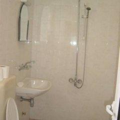 Отель Guest house Tangra Болгария, Равда - отзывы, цены и фото номеров - забронировать отель Guest house Tangra онлайн ванная фото 2