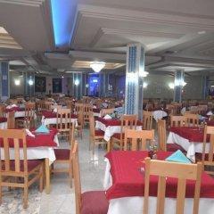 Chiraz Thalasso Hotel Монастир питание
