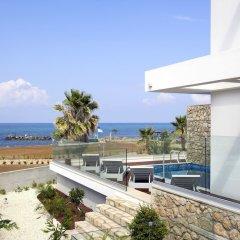 Отель Paradise Cove Luxurious Beach Villas Кипр, Пафос - отзывы, цены и фото номеров - забронировать отель Paradise Cove Luxurious Beach Villas онлайн пляж