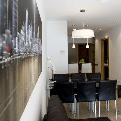 Отель Home To Home Барселона гостиничный бар