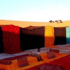 Отель Palmeras Y Dunas Марокко, Мерзуга - отзывы, цены и фото номеров - забронировать отель Palmeras Y Dunas онлайн помещение для мероприятий фото 2