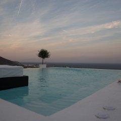 Отель Horizon Mills Villas & Suites Греция, Остров Санторини - отзывы, цены и фото номеров - забронировать отель Horizon Mills Villas & Suites онлайн бассейн фото 3