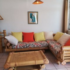 Отель Condo Ora Airport Фааа комната для гостей фото 4
