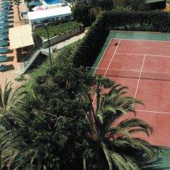Отель Aska Just In Beach – All Inclusive спортивное сооружение