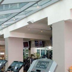 Отель SoHo Metropolitan Hotel Канада, Торонто - отзывы, цены и фото номеров - забронировать отель SoHo Metropolitan Hotel онлайн фитнесс-зал фото 2
