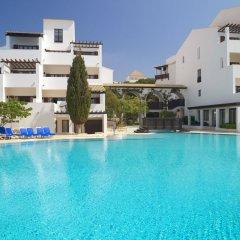 Отель Pine Cliffs Resort Португалия, Албуфейра - отзывы, цены и фото номеров - забронировать отель Pine Cliffs Resort онлайн бассейн