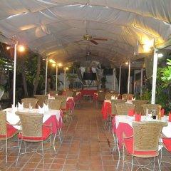Отель Valentino Restaurant & Guesthouse питание