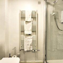 Отель Stunning Studio Apartment Castle View Великобритания, Эдинбург - отзывы, цены и фото номеров - забронировать отель Stunning Studio Apartment Castle View онлайн ванная
