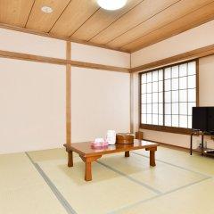 Отель Yamanakako Ryokan RYOZAN Яманакако комната для гостей фото 3