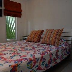 Отель Bangsaray Villa сейф в номере