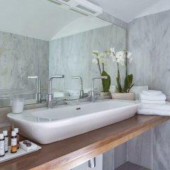 Canaves Oia Hotel ванная фото 3