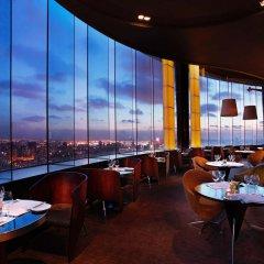 DoubleTree by Hilton Hotel Shanghai - Pudong гостиничный бар