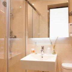 Отель Hostal Fernando Испания, Барселона - отзывы, цены и фото номеров - забронировать отель Hostal Fernando онлайн ванная