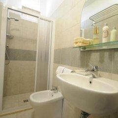 Hotel Ermeti Риччоне ванная фото 2