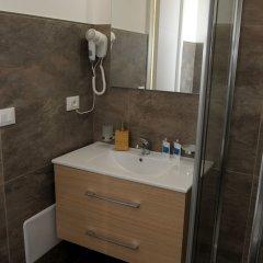 Отель Della Torre Rooms Лечче ванная фото 2