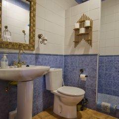 Отель Alojamiento Rural Sierra de Jerez Сьерра-Невада ванная