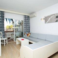 Отель Aparthotel Cabau Aquasol Испания, Пальманова - 1 отзыв об отеле, цены и фото номеров - забронировать отель Aparthotel Cabau Aquasol онлайн комната для гостей фото 2