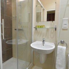 Отель Hôtel du Quai de Seine ванная