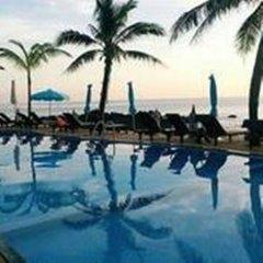 Отель Lanta Palace Resort And Beach Club Таиланд, Ланта - 1 отзыв об отеле, цены и фото номеров - забронировать отель Lanta Palace Resort And Beach Club онлайн спортивное сооружение