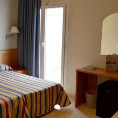 Отель Norai Испания, Льорет-де-Мар - 1 отзыв об отеле, цены и фото номеров - забронировать отель Norai онлайн удобства в номере фото 2