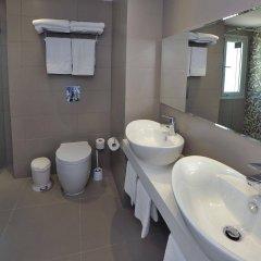 Okeanos Beach Hotel ванная фото 2