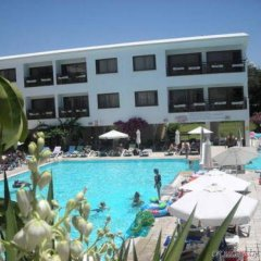 Отель Pyramos бассейн