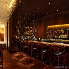 Отель Mandarin Oriental Kuala Lumpur Малайзия, Куала-Лумпур - 2 отзыва об отеле, цены и фото номеров - забронировать отель Mandarin Oriental Kuala Lumpur онлайн гостиничный бар