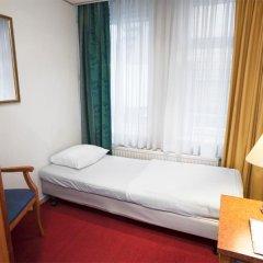 Delta Hotel City Center 3* Стандартный номер с различными типами кроватей фото 5
