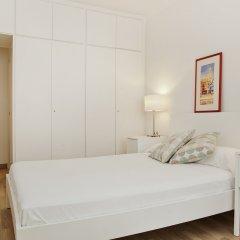 Отель Flateli Roger Испания, Барселона - отзывы, цены и фото номеров - забронировать отель Flateli Roger онлайн комната для гостей фото 3