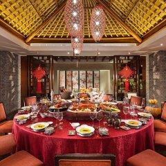 Отель Hilton Sanya Yalong Bay Resort & Spa питание фото 3
