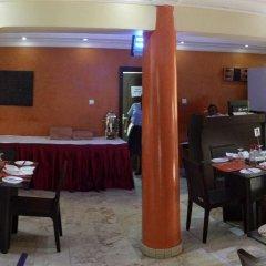 Отель Ahi Residence питание фото 3