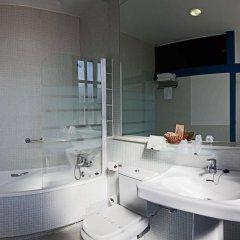 Отель Escuela Las Carolinas Испания, Сантандер - отзывы, цены и фото номеров - забронировать отель Escuela Las Carolinas онлайн ванная