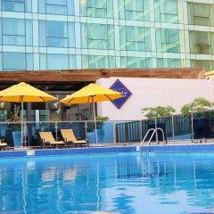 Отель Crowne Plaza Jeddah бассейн