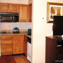 Отель Homewood Suites Columbus-Worthington Колумбус в номере фото 2