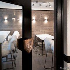 Отель Morosani Fiftyone - the room only Hotel Швейцария, Давос - отзывы, цены и фото номеров - забронировать отель Morosani Fiftyone - the room only Hotel онлайн ванная фото 2