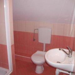 Отель Janosik Польша, Закопане - отзывы, цены и фото номеров - забронировать отель Janosik онлайн ванная фото 2