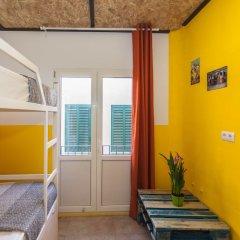 Отель Хостел Loft Apartments Испания, Льорет-де-Мар - отзывы, цены и фото номеров - забронировать отель Хостел Loft Apartments онлайн комната для гостей фото 4