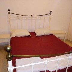 Отель Paphos Inn Hostel Кипр, Пафос - отзывы, цены и фото номеров - забронировать отель Paphos Inn Hostel онлайн комната для гостей фото 2